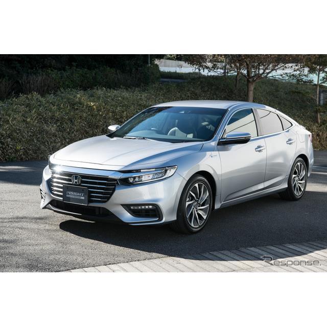 ホンダは新型ハイブリッド車『インサイト』を12月14日に発売した。ホンダがハイブリッド専用車に命名するイ...