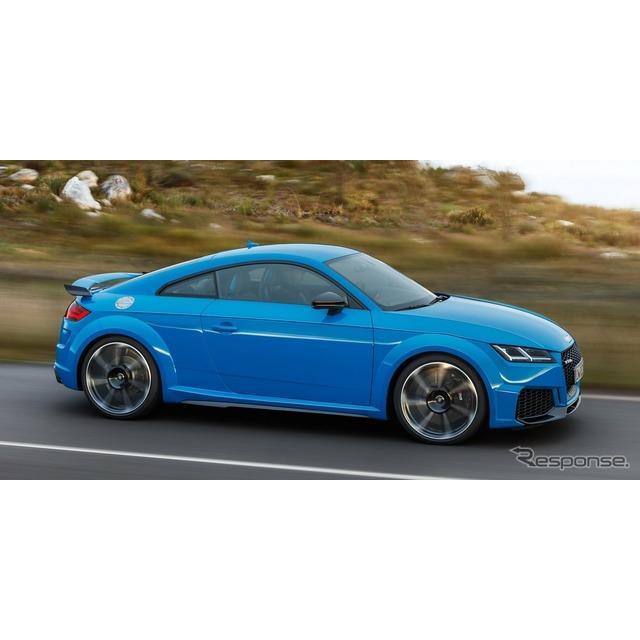 アウディは2月6日、『TT RS クーペ』(Audi TT RS Coupe)と『TT RS ロードスター』(Audi TT RS Roadster...