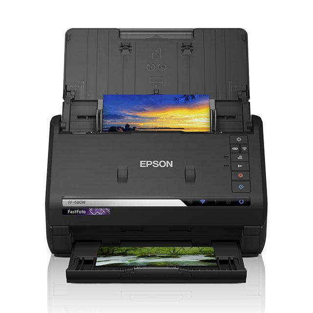 7e1fc22695 価格.com - エプソン、大量の紙焼き写真をデータ化できるA4フォト ...