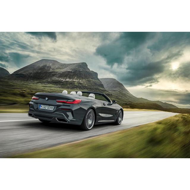 BMWジャパンは2019年2月19日、フラッグシップクーペ「8シリーズ クーペ」のオープンバージョンとなる「8シ...