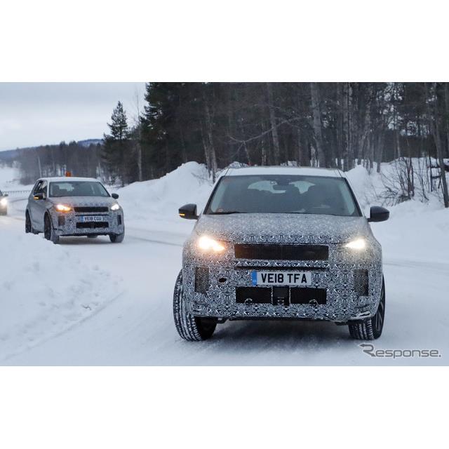 ランドローバーの7人乗りコンパクトSUV、『ディスカバリースポーツ』改良新型が、豪雪のスカンジナビアでウ...