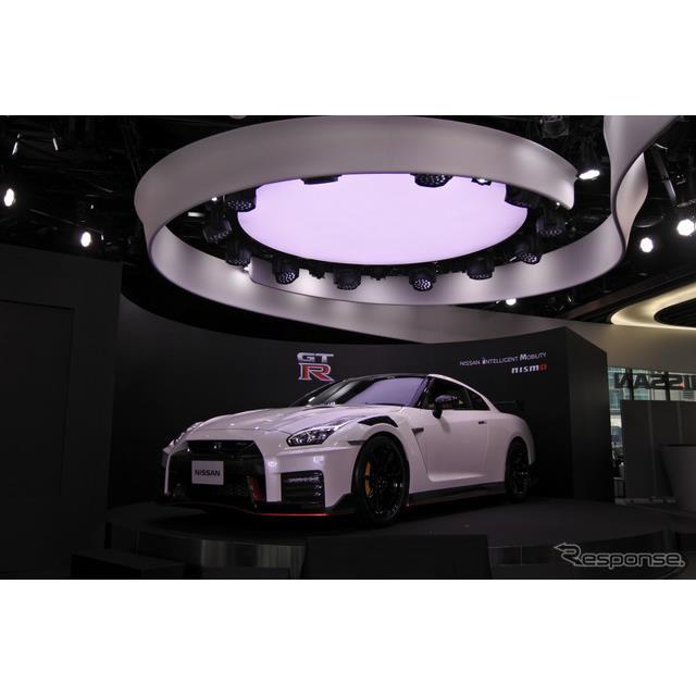 日産自動車は4月17日、『GT-R NISMO』の2020年モデルを都内で公開した。車両開発主管を務める田沼謹一常務...