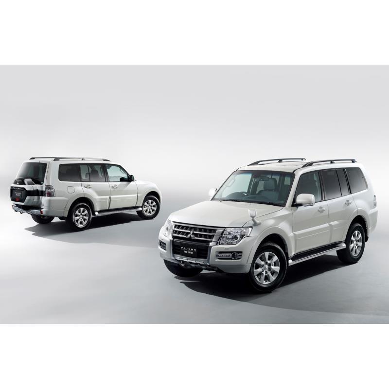 三菱自動車は2019年4月24日、「パジェロ」に特別仕様車「ファイナルエディション」を設定し、700台の台数限...