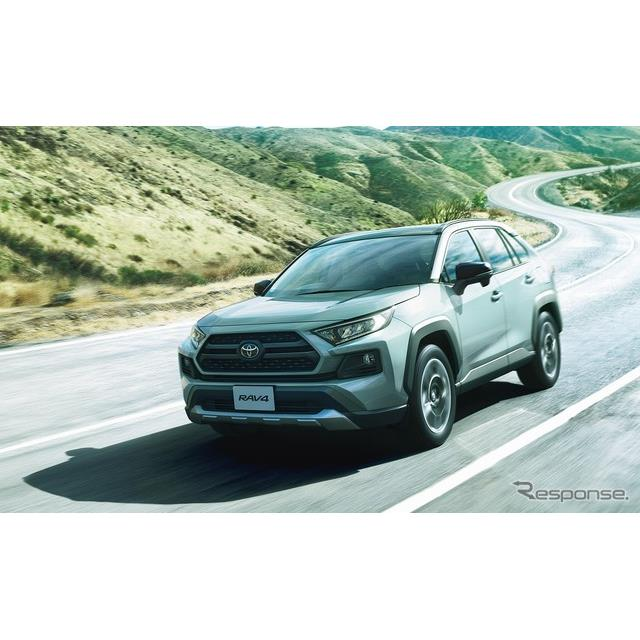 トヨタ自動車は、『RAV4』新型の受注状況について、4月10日の発売から約1か月にあたる5月15日時点で、月販...