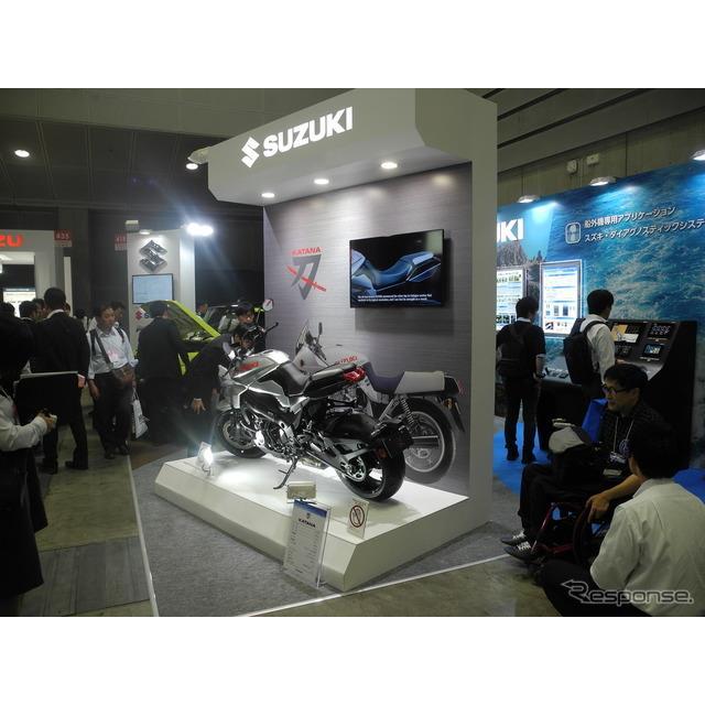 スズキは「人とくるまのテクノロジー展2019」に四輪・二輪・マリンからそれぞれの最新製品を一つずつ展示・...