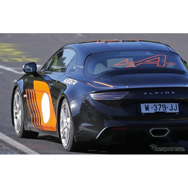アルピーヌは、ジュネーブモーターショー2018にて『A110』のレーシングバージョンとなる『GT4レーサー』を...