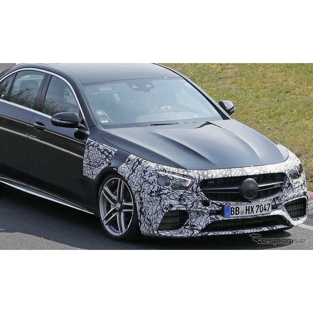 メルセデスベンツ『Eクラス』に設定されるハードコアモデル『AMG E63』改良新型が、ニュルブルクリンクで高...