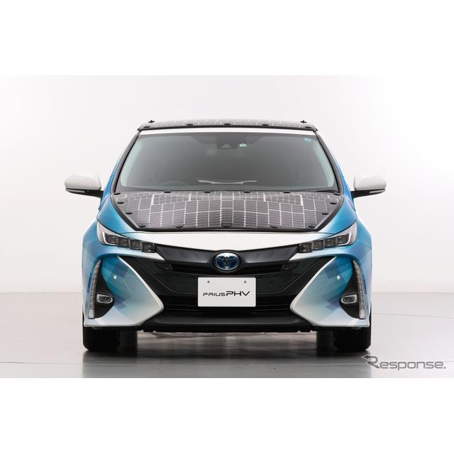 NEDO(新エネルギー・産業技術総合開発機構)、シャープ、トヨタ自動車は、高効率太陽電池を搭載した電動車...