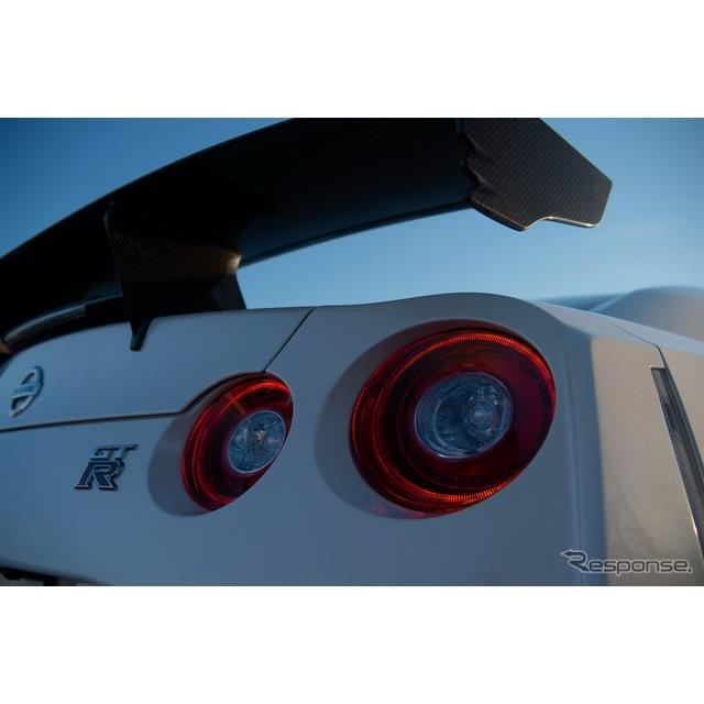日産自動車の米国部門は7月8日、『GT-R NISMO』(Nissan GT-R NISMO)の2020年モデルを7月12日に発売すると...