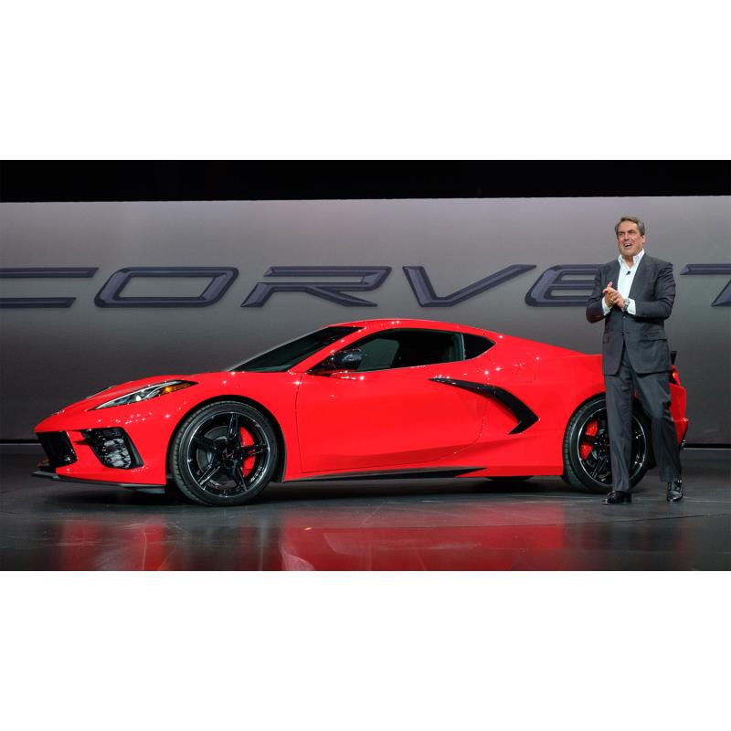 米ゼネラルモーターズ(GM)は2019年7月18日(現地時間)、新型「シボレー・コルベット スティングレイ」を...