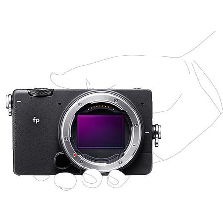 小型フルサイズミラーレスカメラ「SIGMA fp」発表