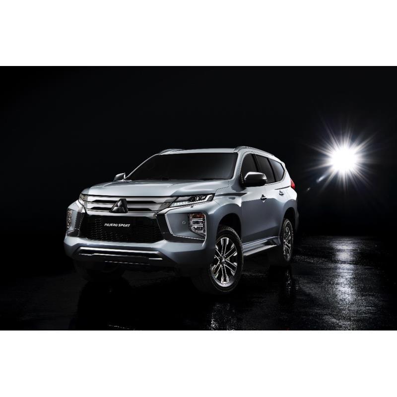 三菱自動車は2019年7月25日、マイナーチェンジした「パジェロスポーツ」をタイで世界初公開し、同国での販...
