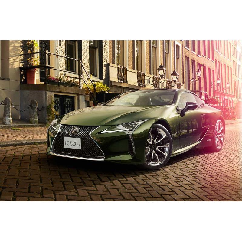 """トヨタ自動車は2019年9月26日、レクサスのフラッグシップクーペ「LC」の特別仕様車「""""PATINA Elegance""""」..."""