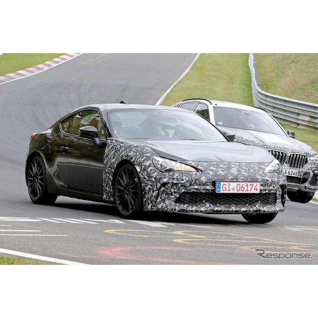 スバル『BRZ』改良新型と思われる車両が、ニュルブルクリンクで高速テストを開始した。その姿をスクープサ...