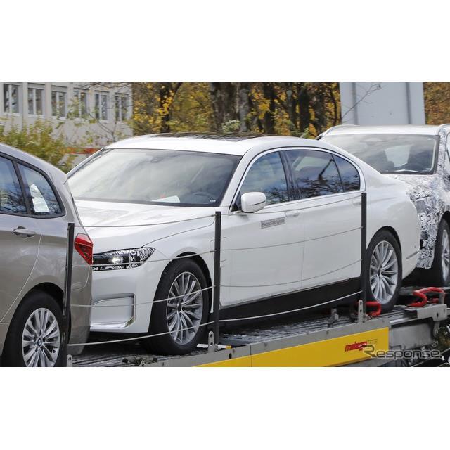 BMWのフラッグシップセダン『7シリーズ』に、EVモデルが登場する可能性がある。スクープサイト『Spyder7』...