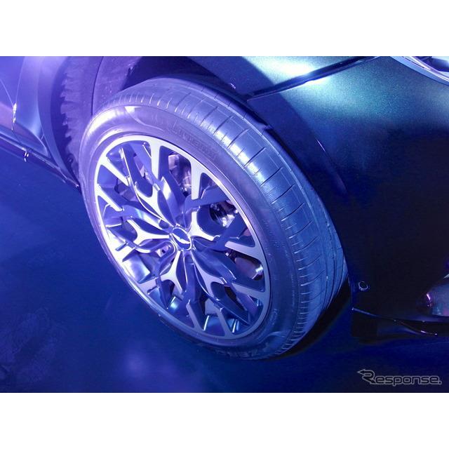 ピレリ(Pirelli)は、アストンマーティン初のSUV『DBX』(Aston Martin DBX)に新開発の専用タイヤ3種類を...