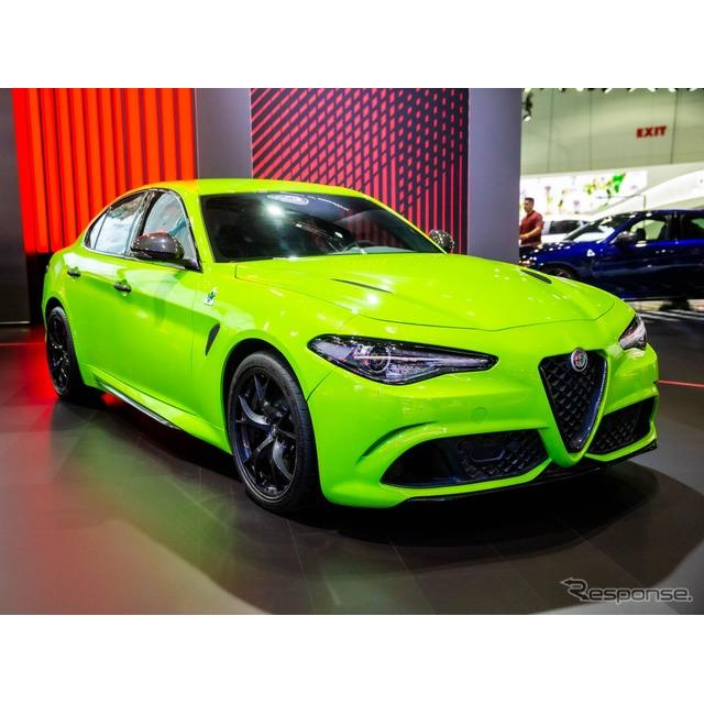 アルファロメオはロサンゼルスモーターショー2019において、『ジュリア』(Alfa Romeo Giulia)の2020年モ...