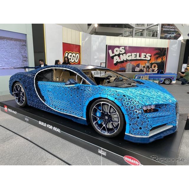 レゴが製作したブガッティ・シロンの実物大EVモデル(ロサンゼルスモーターショー2019)