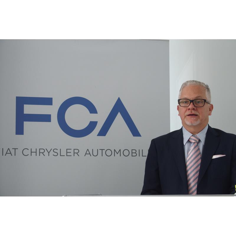記者会見で2020年度の施策を明らかにしたFCAジャパン代表取締役社長兼CEOのポンタス・ヘグ...