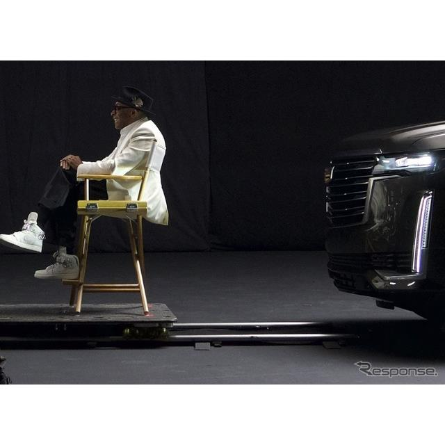 キャデラックは1月23日、2月に米国ロサンゼルスでワールドプレミアする予定の新型『エスカレード』(Cadill...