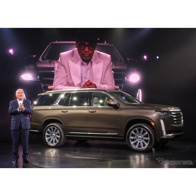キャデラックは2月4日、新型『エスカレード』(Cadillac Escalade)を米国ロサンゼルスでワールドプレミア...