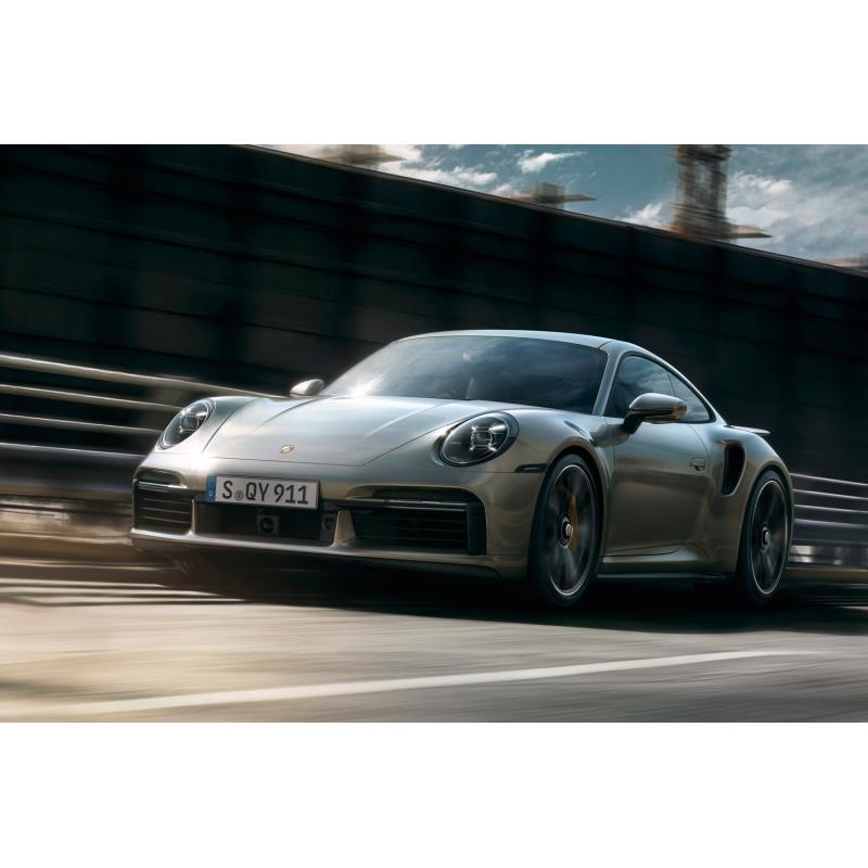 独ポルシェは2020年3月3日、新型「911ターボS」を発表した。  0-100km/h加速2.7秒、最高速330km/hを実現...