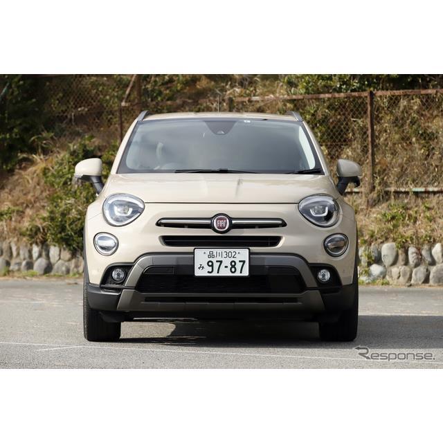 FCAジャパンが導入するフィアットのトップオブザラインがこの『500X』である。日本に500Xが導入されたのは2...