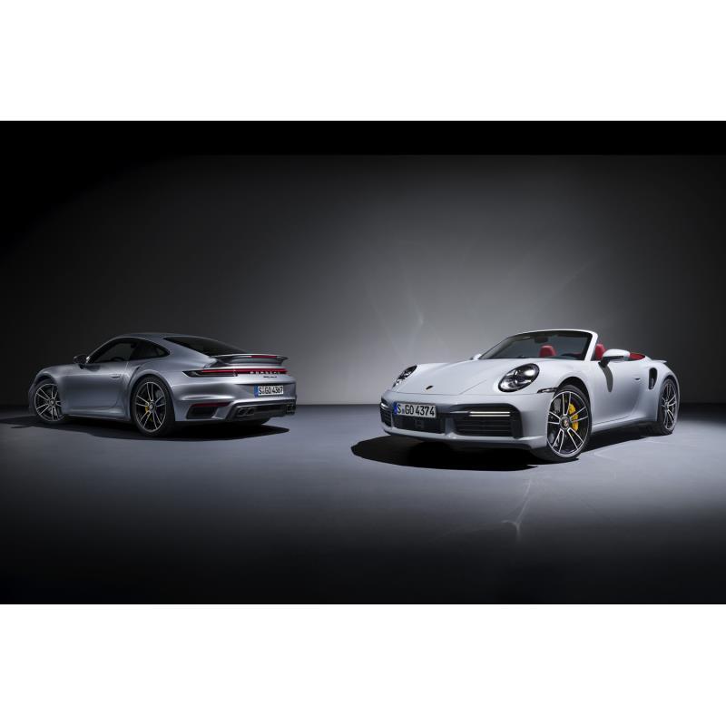 ポルシェジャパンは2020年3月31日、新型「ポルシェ911ターボS」および、そのオープントップモデル「911ター...