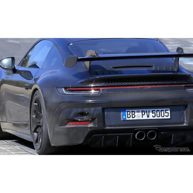 ポルシェ『911』ラインアップの中でも、圧倒的パフォーマンスを誇る優美なモデルであり、「公道のレーシン...