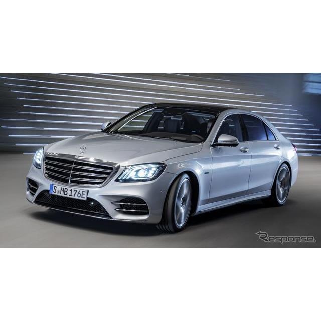ダイムラーは5月12日、次期メルセデスベンツ『Sクラス』(Mercedes-Benz S-Class)のプロトタイプのティザ...