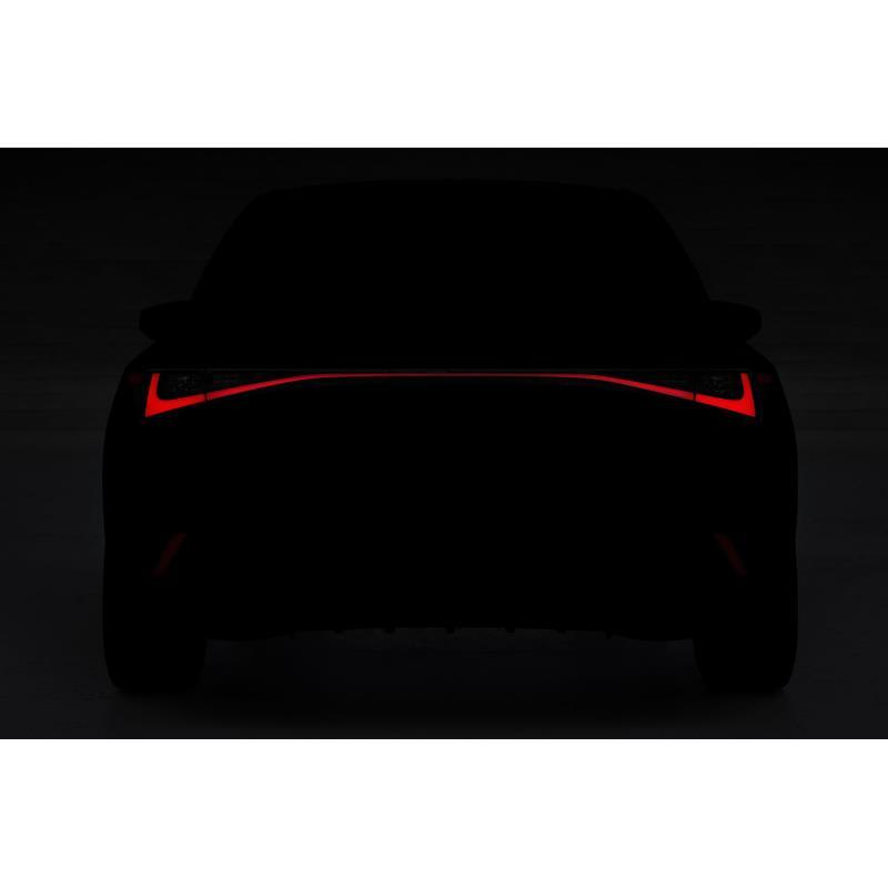 トヨタ自動車は2020年6月6日、同年6月10日の8時に予定していた新型「レクサスIS」の世界初披露を延期すると...