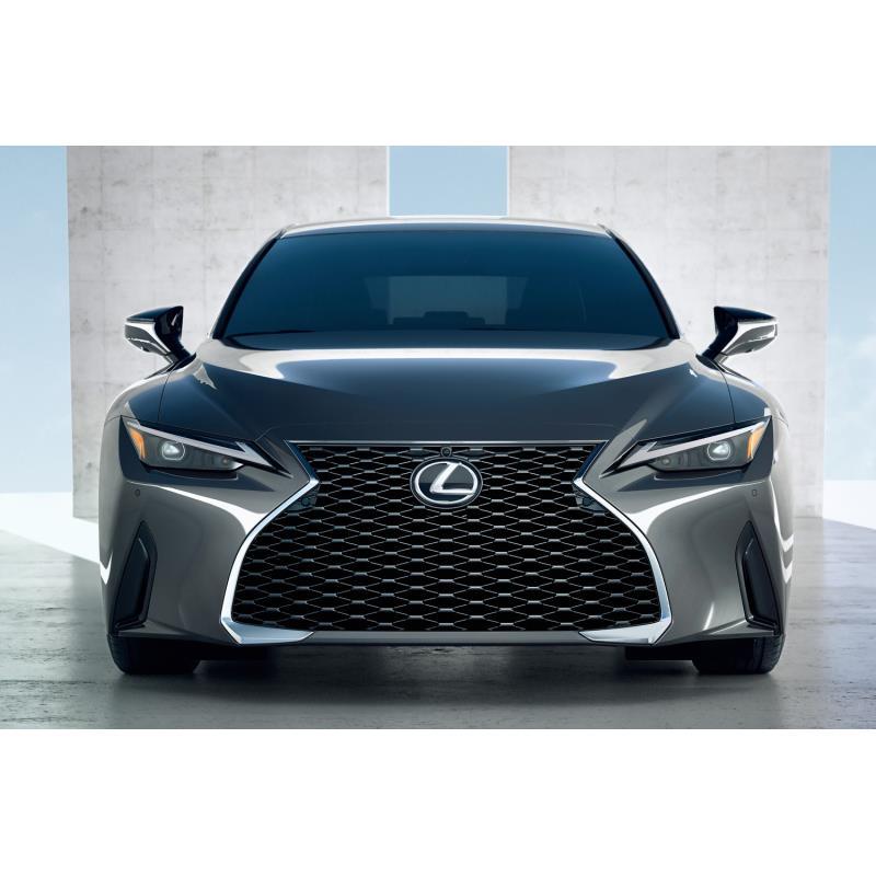 トヨタ自動車は2020年6月16日、レクサスブランドのFRスポーツセダン「IS」のマイナーチェンジモデルを世界...