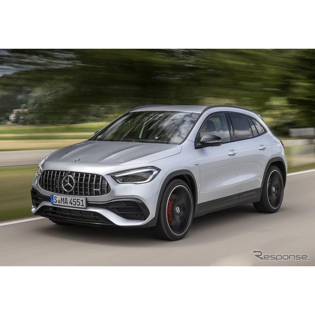 メルセデスベンツは7月21日、新型メルセデスAMG『GLA45 4MATIC+』(Mercedes-AMG GLA 45 4MATIC+)を欧州市...