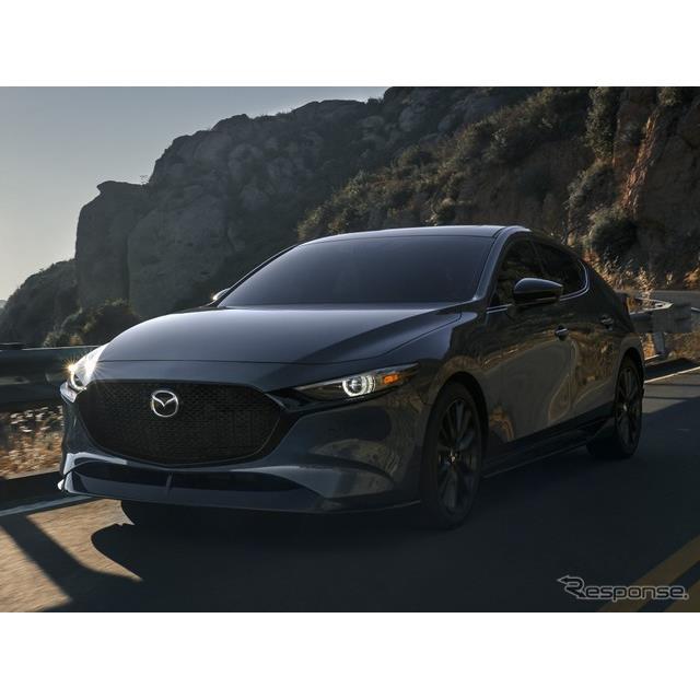 マツダの米国部門は8月4日、『マツダ3』(Mazda3)の2021年モデルに設定する2.5リットルターボエンジン搭載...
