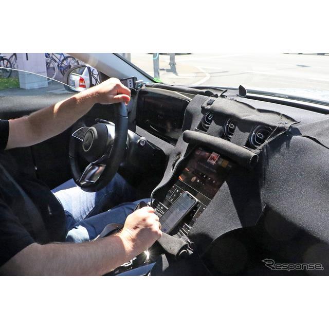 メルセデスベンツが現在開発中の『Cクラス』派生ワゴン、『Cクラス ステーションワゴン』次期型。そのキャ...
