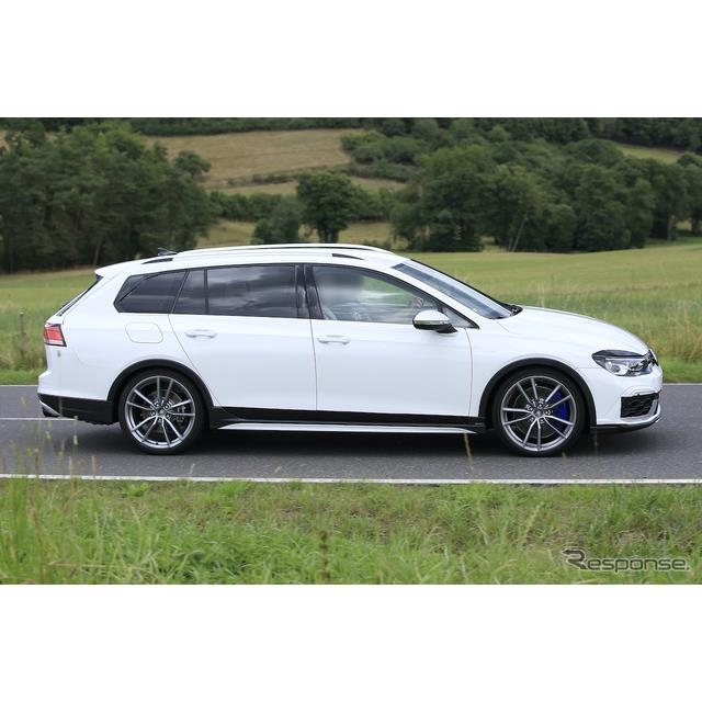 VWが現在、フルモデルチェンジに向け開発を進めている次期型『ゴルフヴァリアント』。その最強モデルとして...