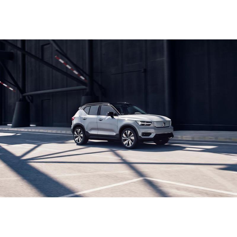 ボルボ・カー・ジャパンは2020年8月25日、ボルボブランド初となる量産型の電気自動車(EV)「XC40リチャー...
