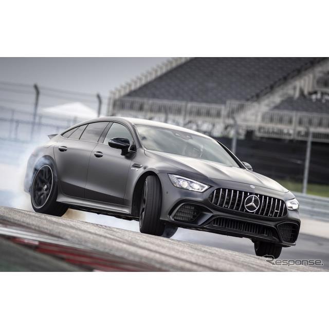 メルセデスベンツの高性能車部門のメルセデスAMGは8月26日、メルセデスAMG『GT 63 S 4MATIC+ 4ドアクーペ』...