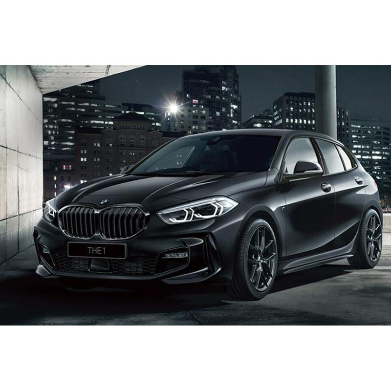 BMWジャパンは2020年11月16日、コンパクトハッチバック「BMW 118d」に漆黒をテーマに仕立てた限定車「Pure ...