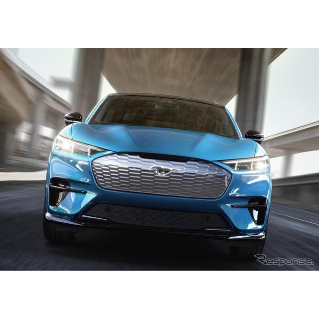 フォードモーターは11月23日、フォード『マスタング』シリーズの新型EV、フォード『マスタング・マッハE』...