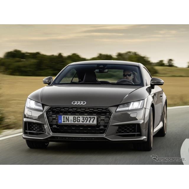 アウディ(Audi)は11月24日、欧州向けの『TT』と『TT S』にアウディスポーツが手がけた「ブロンズセレクシ...