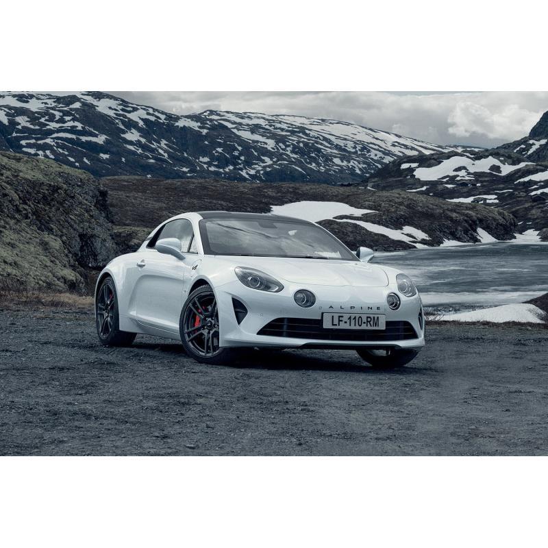アルピーヌ・ジャポンは2020年12月1日、ミドシップスポーツカー「A110」の車両本体価格を2021年1月1日付で...