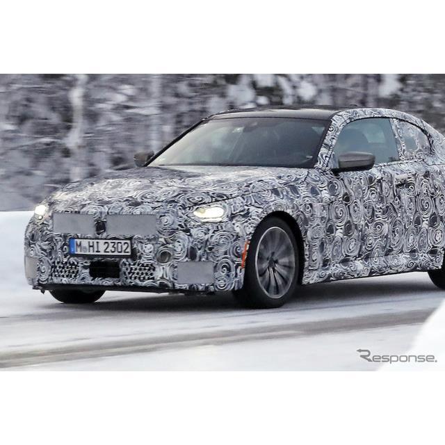BMWは現在、2ドアコンパクトFRの『2シリーズクーペ』次期型を開発しているが、その高性能モデルのプロトタ...