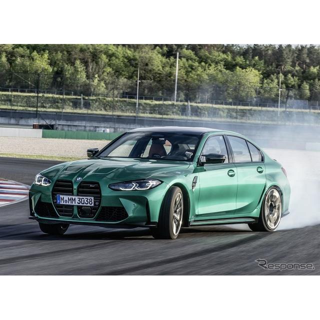 BMWは2月3日、新型『M3セダン』(BMW M3 Sedan)が雪で覆われたサーキットにおいて、ドリフト走行を行う映...