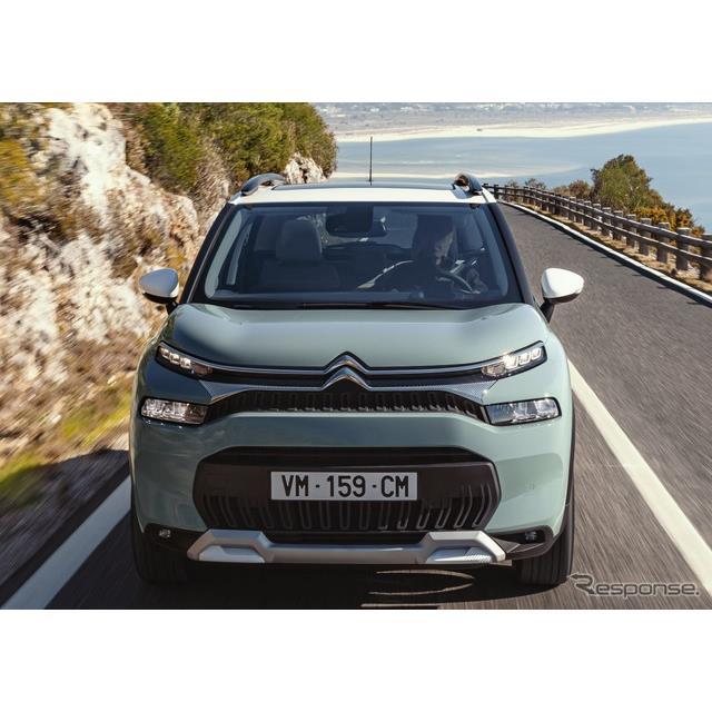 シトロエンは2月11日、『C3エアクロス』(Citroen C3)の改良新型を欧州で発表した。  C3エアクロスは201...