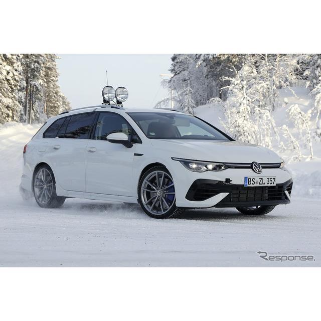 VWは2020年11月に最強ハッチバックの新型『ゴルフR』を発表したが、その派生モデルとなる新型『ゴルフR ヴ...