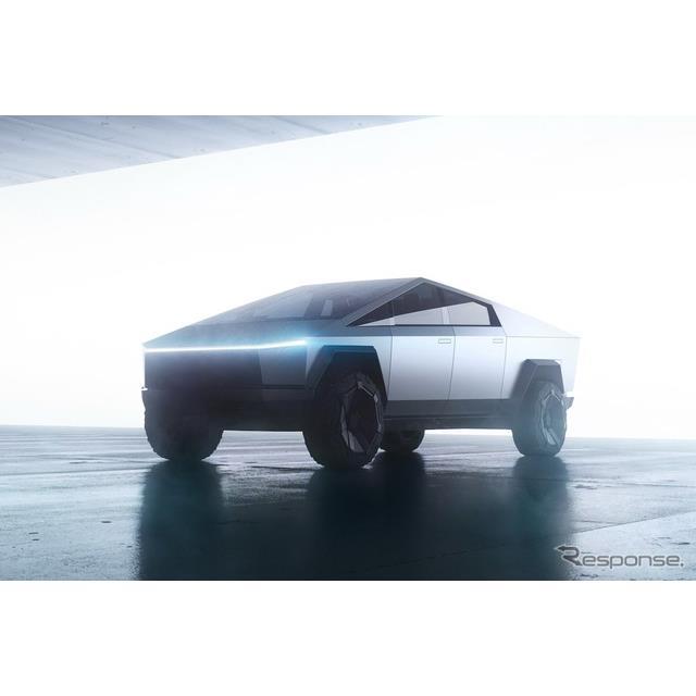 テスラ(Tesla)のイーロン・マスクCEOは2月22日、同社初のEVピックアップトラック、『サイバートラック』...