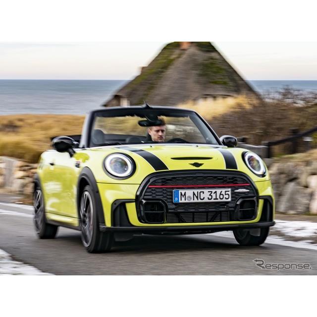 MINIは3月10日、改良新型MINI『コンバーチブル』(MINI Convertible)を欧州市場で発売すると発表した。 ...