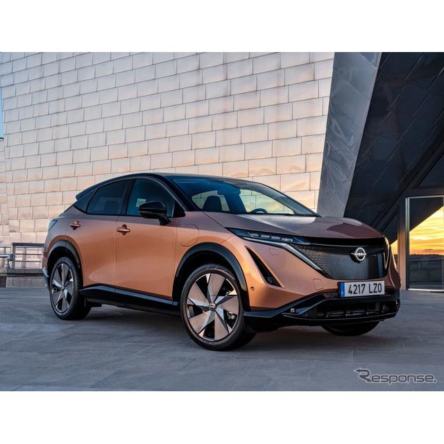 日産自動車の欧州部門は3月11日、2021年後半に発売予定の新型EVの『アリア』(Nissan Ariya)に、アリアの...