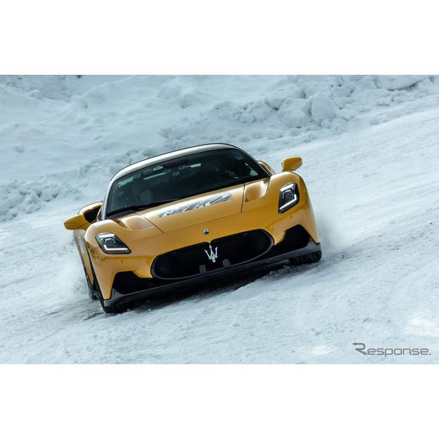 マセラティの新型スーパースポーツカー『MC20』(Maserati MC20)。市場投入に向けて開発が進められている...